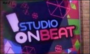 Comment le studio de la saison 2 s'appelle-t-il ?