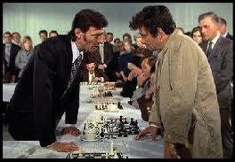 Quel événement inattendu survient dans l'épisode qui nous plonge dans le monde des échecs ?