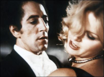 Comment ne pas rendre hommage au Buster Keaton français, trop tôt disparu, qui a joué dans  L'Acrobate  (1976) ?