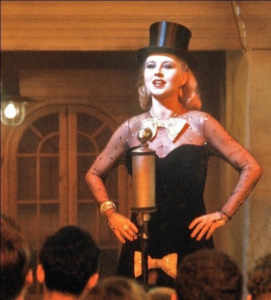Il fut un chef de file du renouveau du cinéma allemand et un militant de la cause homosexuelle ; qui a réalisé  Lili Marlen  avec Anna Schygula ?