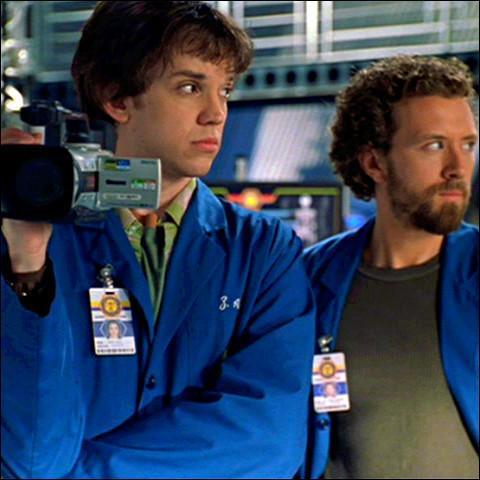 Jack Hodgins et Zackary Addy font :