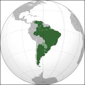 Quel est le nom de la principale communauté économique d'Amérique du Sud, qui regroupe les pays en vert sur la carte ci-dessous ?