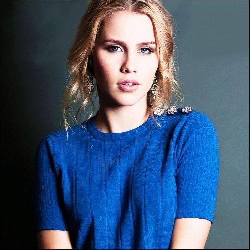 Quel âge a Rebekah en apparence ?