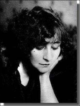 """Colette, l'auteure de la série des """"Claudine"""", a pris son nom de famille comme nom de plume. Quel est son prénom ?"""