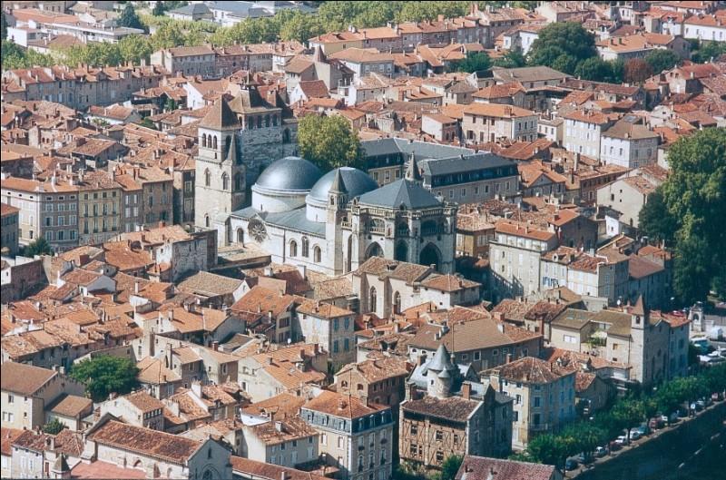 Rien ne vaut la douceur que (procurer) des vacances au cœur du Quercy.