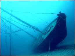 Peu de gens (connaître) le lieu du naufrage. Combien de malheureux (périr).