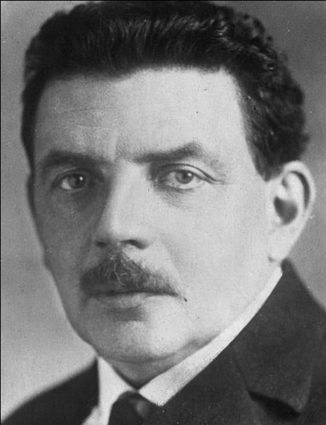 Que fait Edouard Herriot le 30 août à l'adresse du maréchal Pétain et pourquoi ?