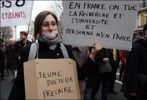 La communauté universitaire est très mobilisée contre un décret de Valérie Pécresse. A quelle loi ce texte est-il rattaché ?