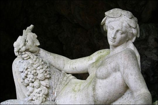 Qui est la déesse romaine de le fertilité et du printemps ?