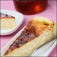 La tarte au me'gin est une tarte au fromage blanc et à la crème fraîche. C'est un spécialité lorraine des environs de ...