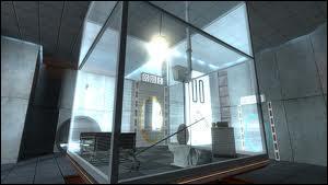 Où se trouve le personnage principal au début de Portal ?