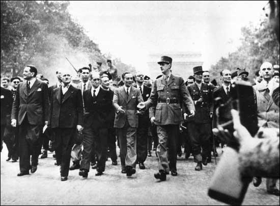 Le 25 août 1944, Paris est enfin libérée de l'occupation allemande. Mais quelle était la nationalité des premiers soldats alliés à pénétrer dans la ville ?