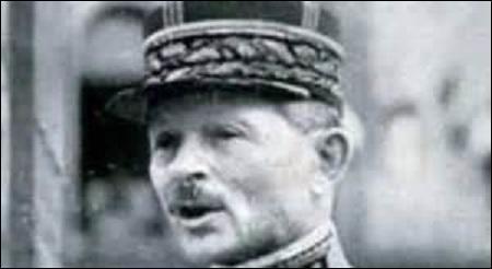 Né à Bruxelles en 1867, général français, membre de l'Académie française, je participerai aux 2 conflits mondiaux. Promu général de brigade en 1916, je seconde le maréchal Foch aux négociations d'armistice de Rethondes les 8, 9 et 10 novembre 1918. Je m'éteins le 28 janvier 1965, qui suis-je ?
