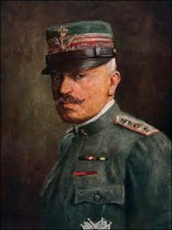 Général italien, né en 1850, je réorganise complètement l'armée italienne. Chef d'état-major durant les 30 premiers mois du conflit qui commence pour l'Italie aux côtés des alliés qu'en mai 1915, je suis considéré comme le principal responsable de la défaite de Caporetto (24 octobre au 9 novembre 1917) qui voit ma démission. Nommé maréchal par Mussolini en 1924, je décède le 21 décembre 1928 :