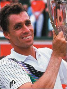 Le 7 mars naît un grand joueur de tennis. Lequel ?