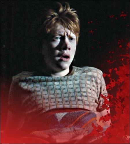 En troisième année, pourquoi Ron retrouve-t-il des taches de sang dans son lit ?