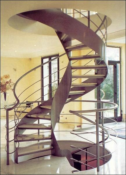 escalier en colimacon synonyme