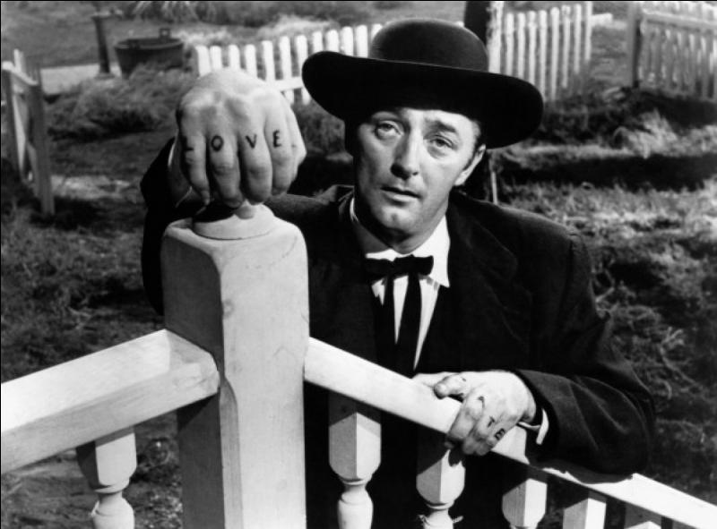 Ce film fut un échec commercial et critique lors de sa sortie aux States, il est le seul réalisé par cet acteur d'origine britannique grandiose.