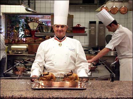 Paul Bocuse , célèbre cuisinier lyonnais, est-il encore parmi nous (28 mars 2014) ?