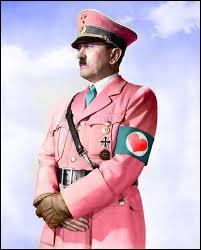 Savez-vous quelle était l'idée insolite, mais très sérieusement étudiée par les services secrets britanniques, afin qu'Hitler perde de son agressivité ?