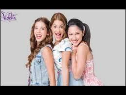 Quelle est la chanson dans laquelle Violetta, Camila et Francesca chantent toutes les trois ? Attention petit piège ! (indice : planeta, exclusividad)