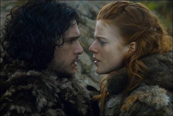 Jon Snow aimerait voir Ygrid dans quelle tenue ?