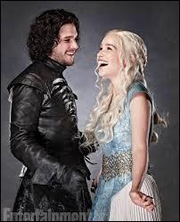Jon Snow est le demi-frère de :