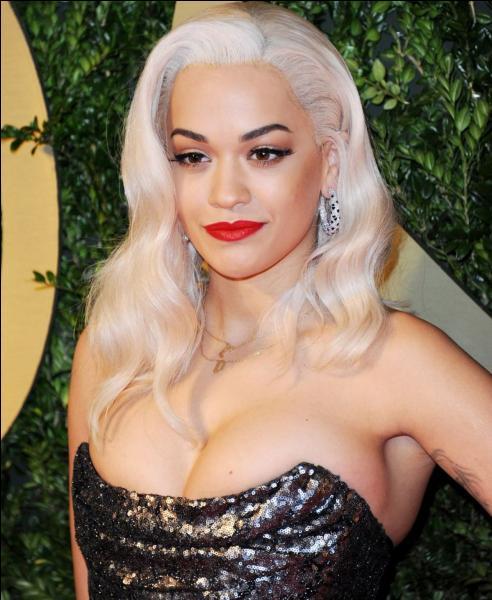 Avec quel rappeur Rita Ora a-t-elle fait un remix de  RIP  ?