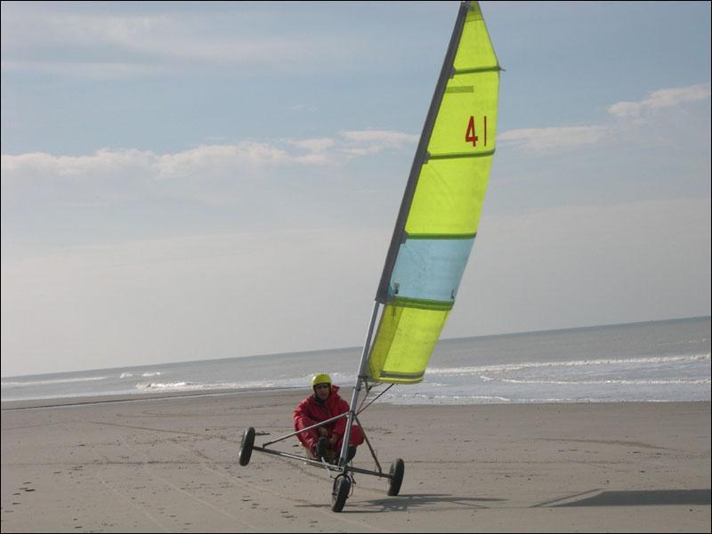 Paradis des sports  sur la Côte d'Opale. Thalassothérapie. Plage de sable très fin de plus de douze kilomètres et dunes !