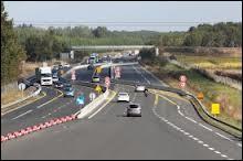 Vous circulez sur une autoroute en chantier et vous voyez un marquage blanc et un marquage jaune. Dans ce cas, de quel marquage faut-il tenir compte ?