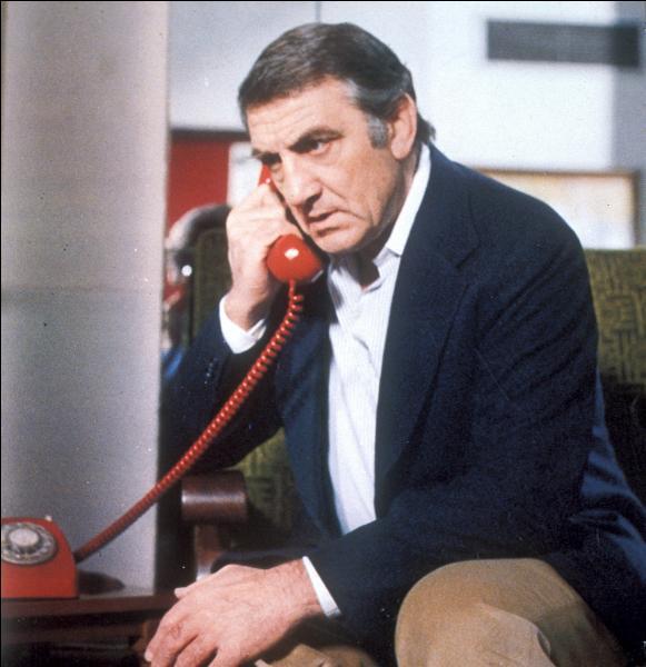 Quel est le titre de ce drame réalisé en 1978 par Jacques Deray, avec Lino Ventura et Claudine Auger ?