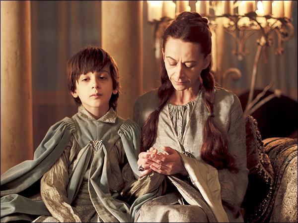 Quels ont été les maris successifs de Lysa Tully ?