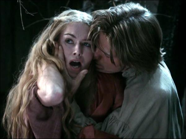 Quels personnages de la maison Lannister entretiennent-ils une relation incestueuse ?
