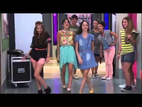 Quelle est la chanson que Violetta chante avec Francesca et Camila ?