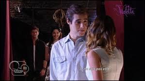 Quelle chanson interprètent León et Violetta ?