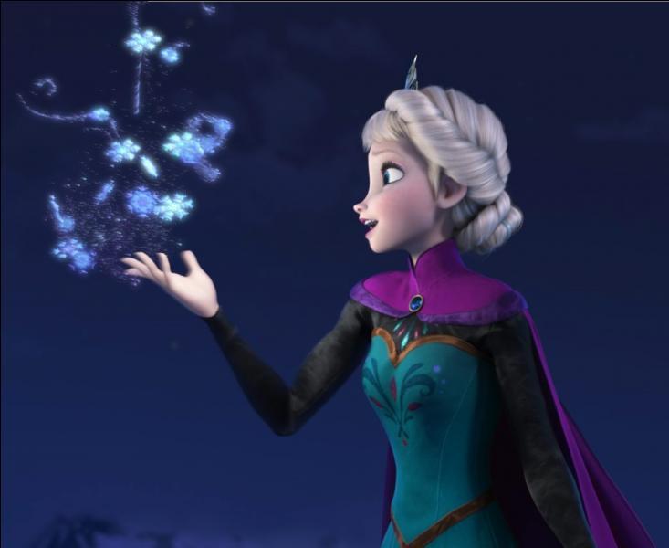 En plus du château de glace, que crée Elsa dans la montagne ?