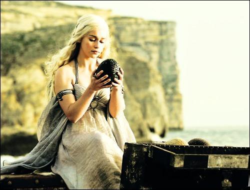 Quel présent Daenerys ne reçoit-elle pas pendant son mariage ?