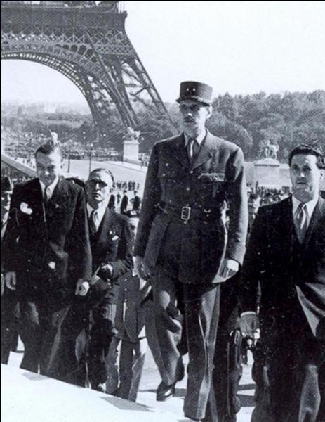 Le 31 août, Paris retrouve le statut qu'elle avait perdu en juin-juillet 1940. Que se passe-t-il ?