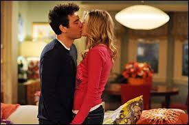 Dans quelle saison voit-on Marshall et Lyli emménager dans leur nouvelle appartement, Ted sortir avec Stella, et Robin et Barney coucher ensemble ?