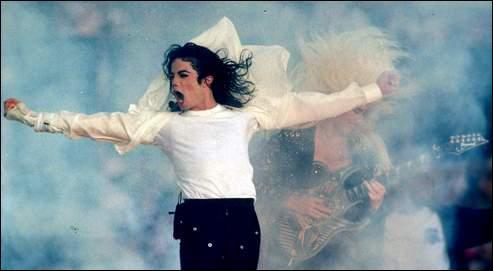 Freddie Mercury devait enregistrer un album avec Michael Jackson, mais il a finalement refusé, car une condition de Michael était :