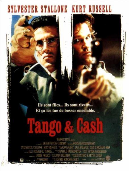 Quel acteur incarne Raymond Tango, dans le film  Tango & Cash  ?