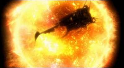 Combien de temps ont Martha et le Docteur avant que le vaisseau où ils se trouvent soit détruit par un soleil ?