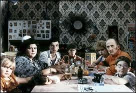 Et dans ce même film, quel est le nom de la seconde famille ?