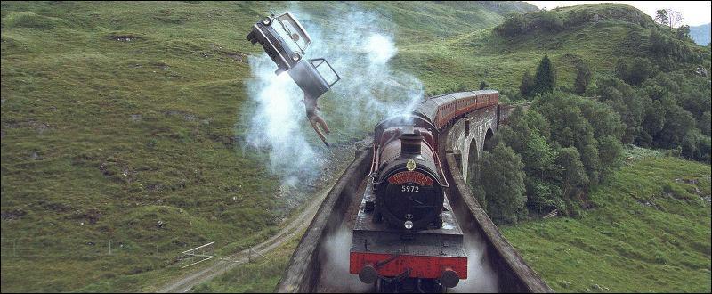 Qu'est devenue la voiture volante que Harry et Ron avaient utilisée pour aller à Poudlard afin de ne pas manquer leur rentrée en 2e année ?