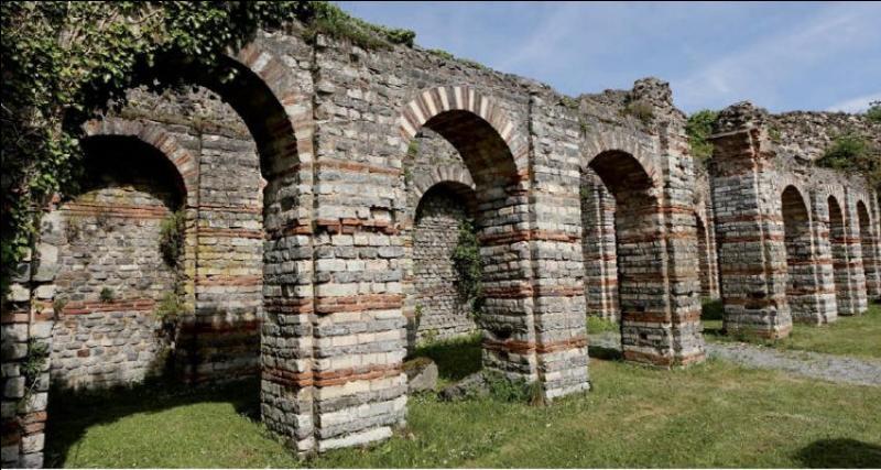 Pendant l'Empire romain, Bavay était la «capitale» des Nerviens. Que peut-on voir encore dans cette commune du Nord ?