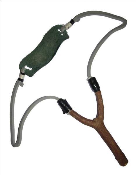 Quel personnage s'en sert comme arme ?