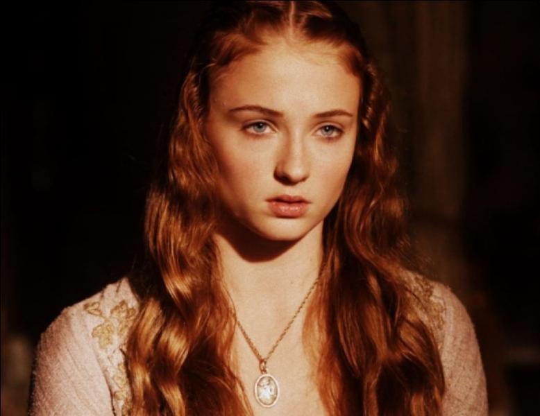 Quels sont les intentions de Littlefinger à propos de Sansa Stark ?