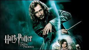 Sirius Black est ________ d'Harry.