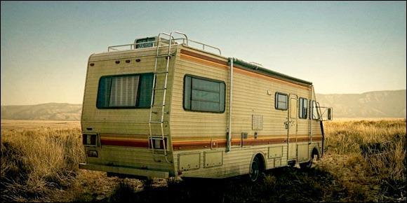 De combien de trou de balles est affublé la porte du camping car ?