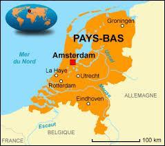 La capitale du pays est Amsterdam, quel est le centre politique et administratif des Pays-Bas ?